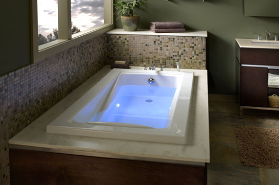 Installing a New Bathtub – Houston Remodeling Contractors