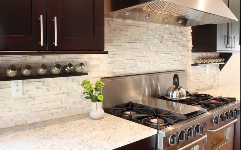 Houston Remodeling Contractors just finished this kitchen remodel